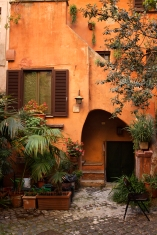 An apartment courtyard in central Rome. (2013)