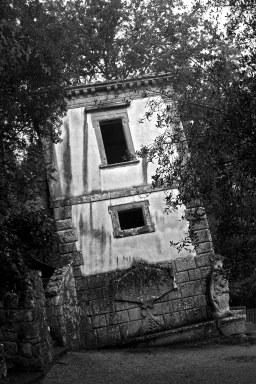 The Leaning House. Sacred Woods of Bormazo. Lazio, Italy. (2013)
