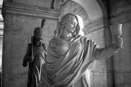 Statues within the halls of Les Invalides. Paris, France. (2013)