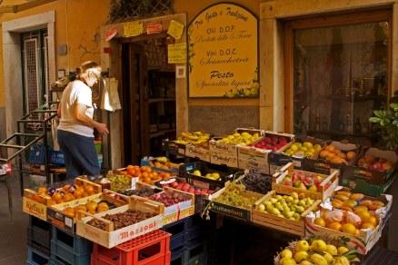 A local market in Riomaggiore, Cinque Terre, Italy. (2013)